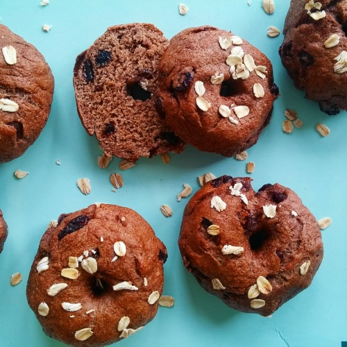Vegan Cinnamon Raisin Bagels